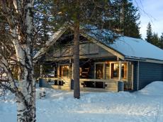 Unsere Blockhütte in Sallatunturi Tuvat