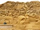 Detailreiche Lemuren-Skulpturen