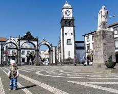 Azoren-SaoMiguel-Ponta-Delgada-Platz