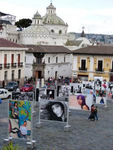 Fotoausstellung an der Plaza de San Fransisco