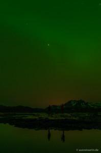 Schwache Nordlichter über Ringstad, Vesterålen