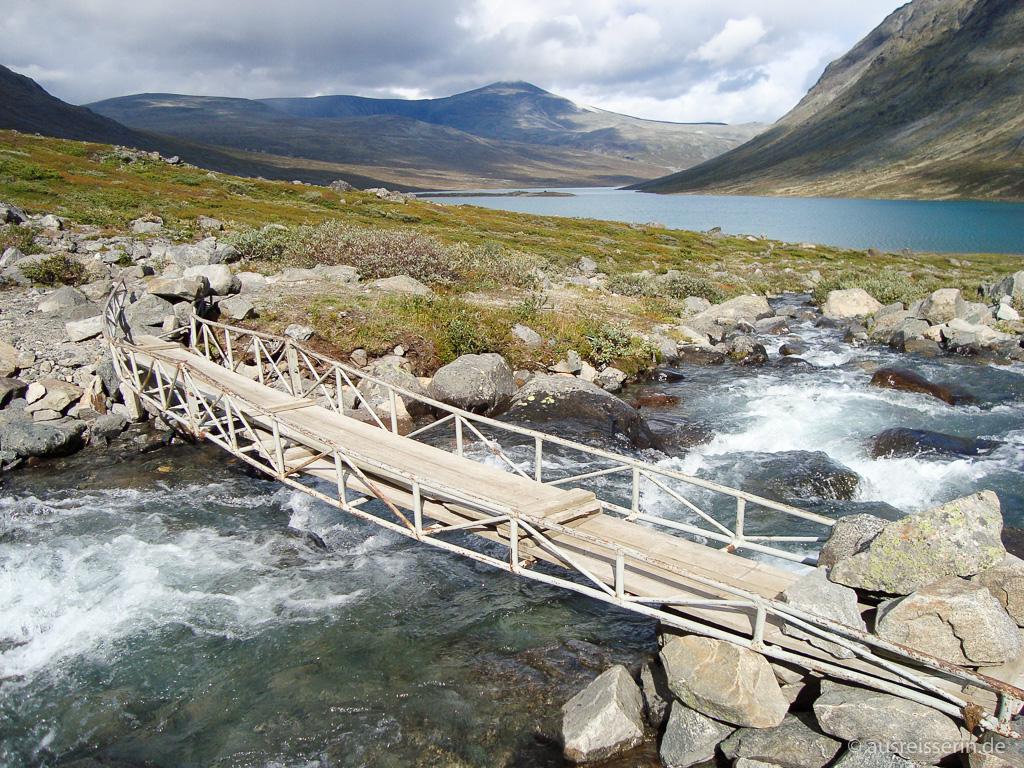 Brücke über Russvatn-Zufluss
