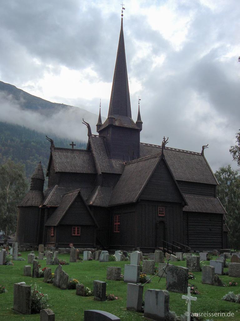 Stabskirche in Lom