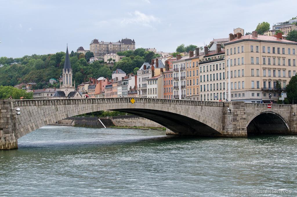 Blick vom nördlichen Saône-Ufer
