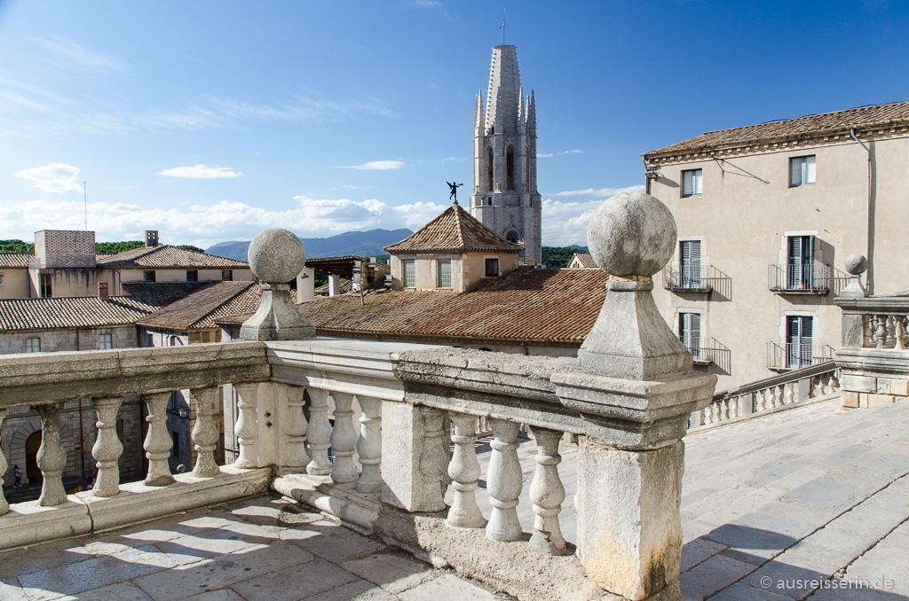 Ausblick auf die Kirche Sant Feliu