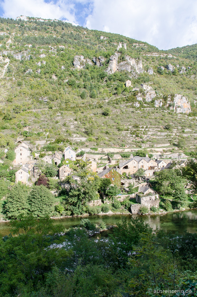 Dorf in der Tarn-Schlucht