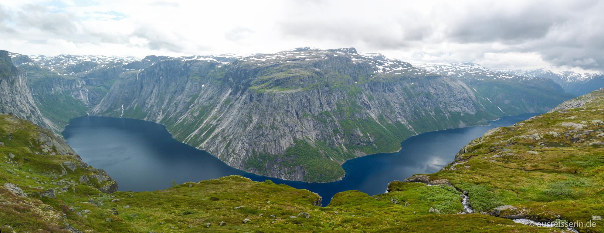 Panoramaaussicht über den Ringedalsvatn und das Tyssedalsfjell