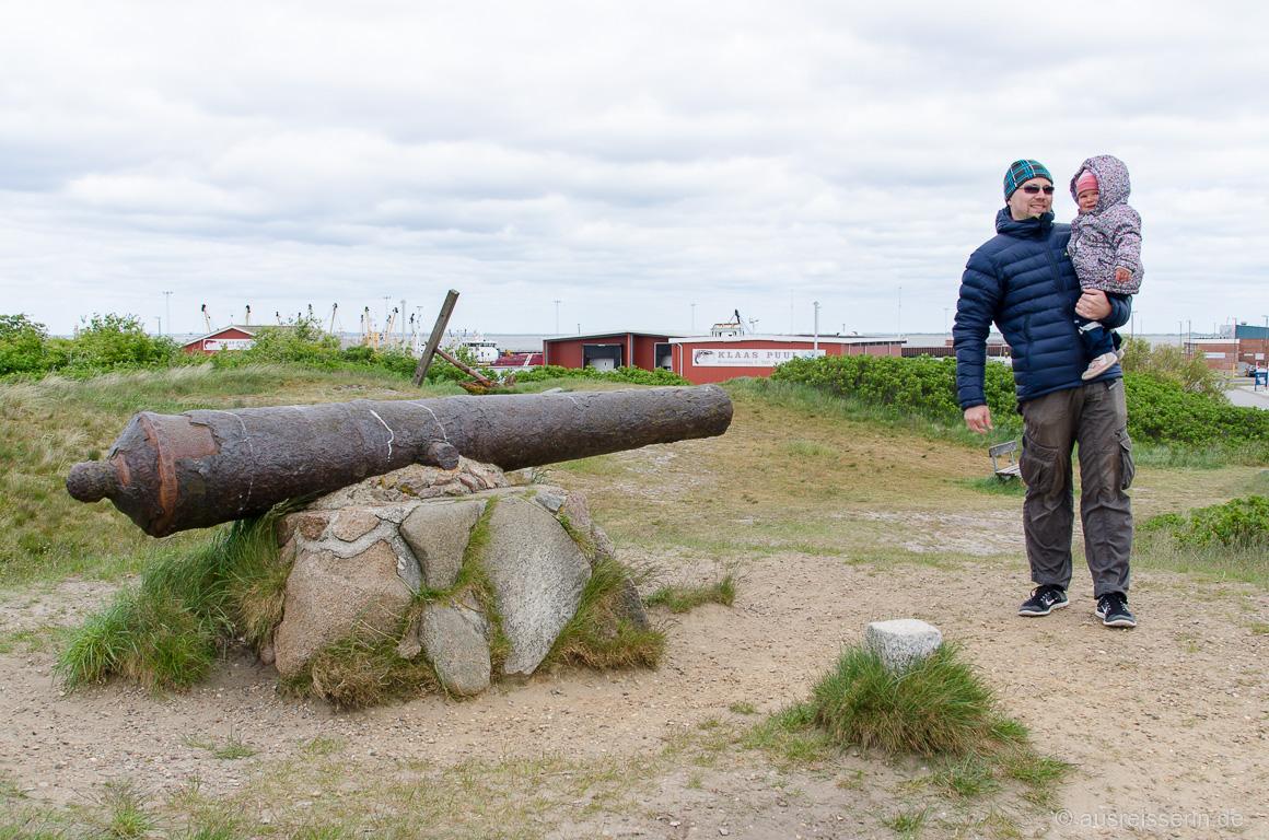 Alte Kanone beim Hafen von Havneby
