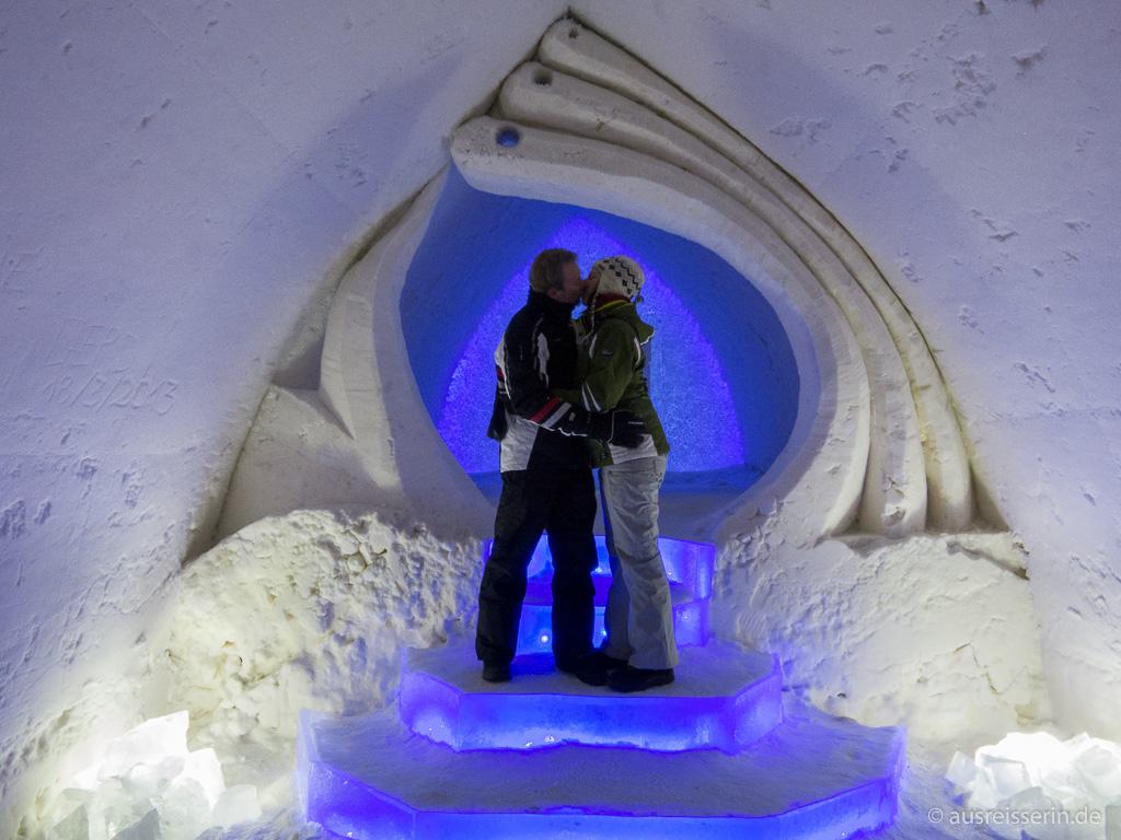 Eiskapelle im Schneehotel