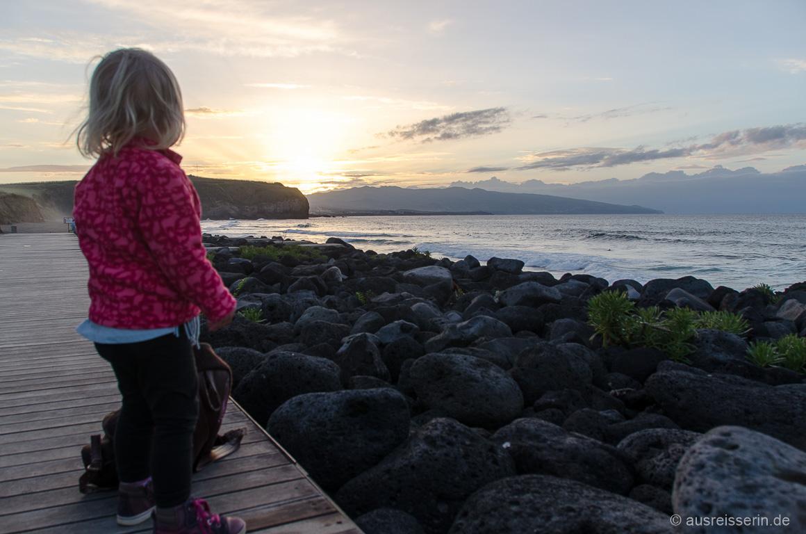 Sonnenuntergang an der Praia Santa Bárbara