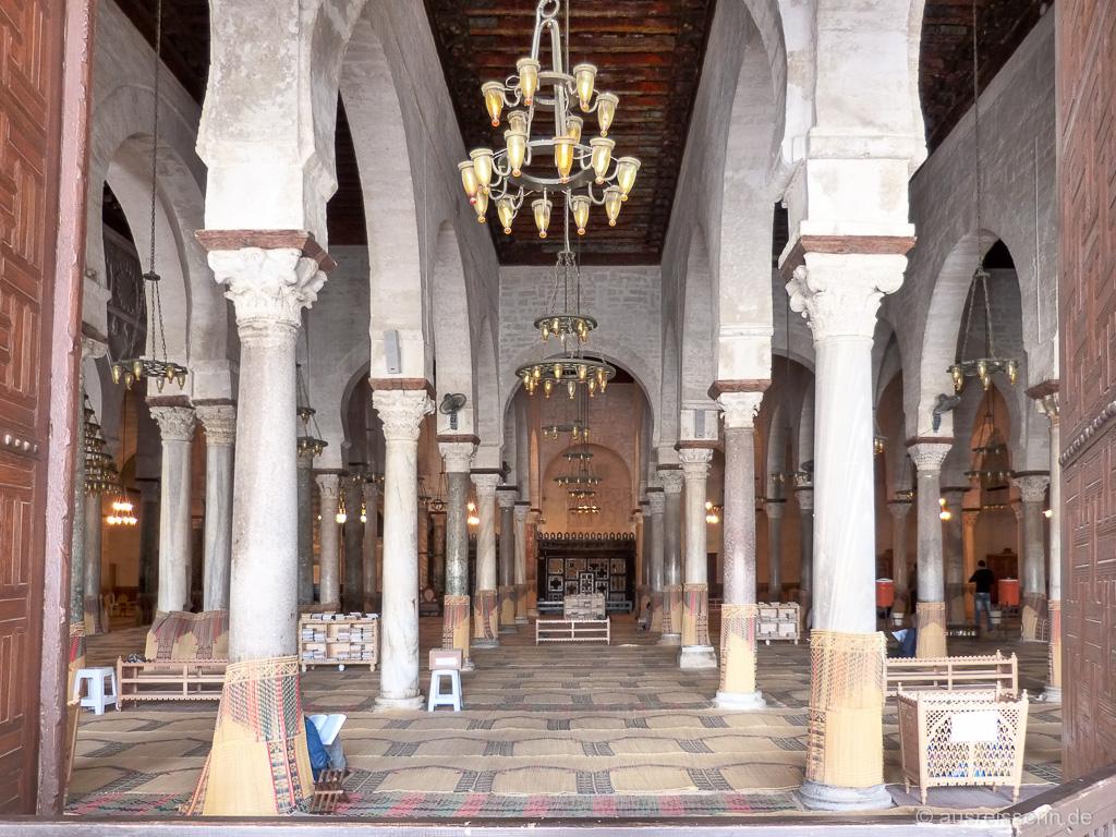 Blick in den Gebetssaal der Großen Moschee