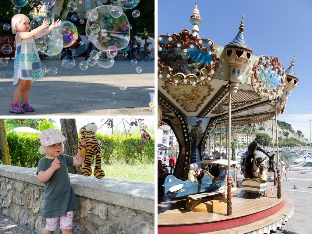 Kinderbeschäftigung bei Stadtbesichtigungen: Karussells, Seifenblasen, Kuscheltiere.