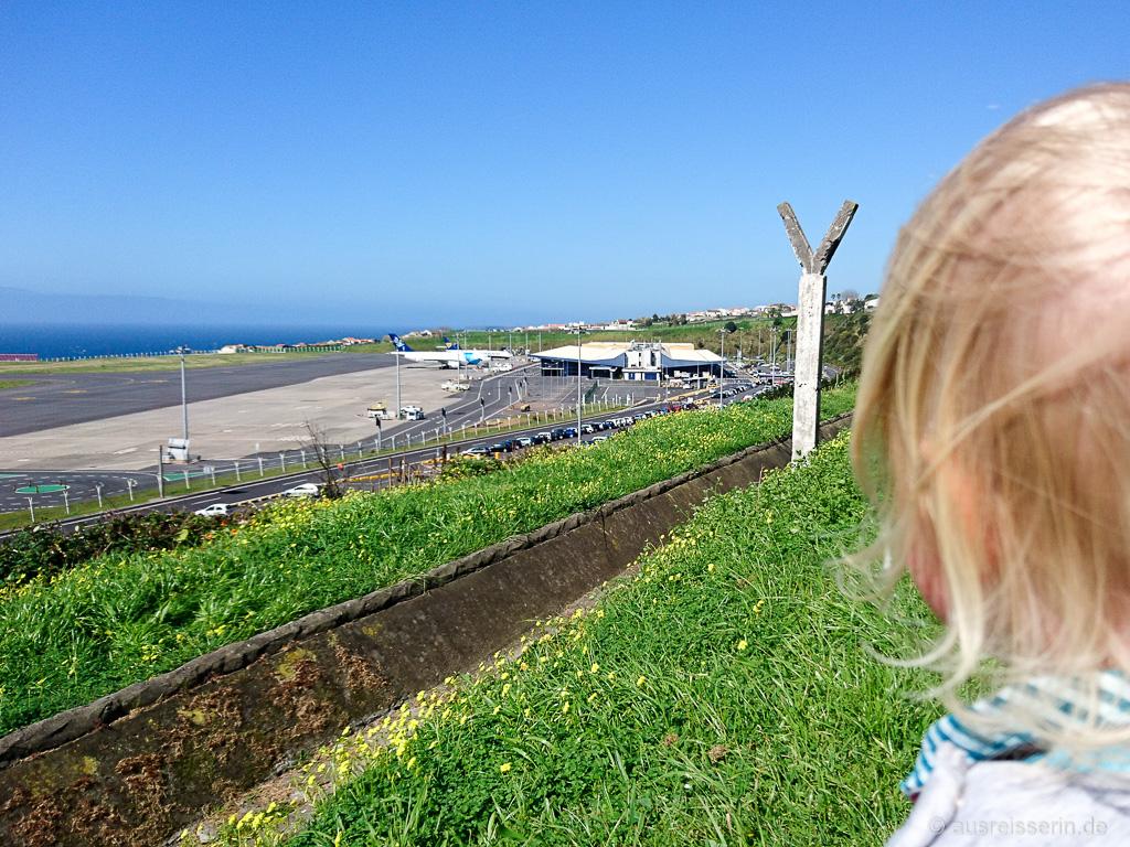 Flugzeuge beobachten auf den Azoren