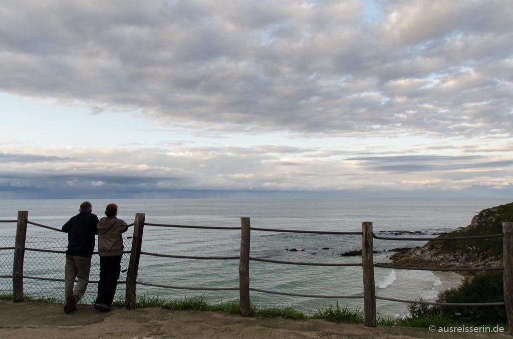 Abendlicher Ausblick beim Camping in Llanes, Asturien, Spanien