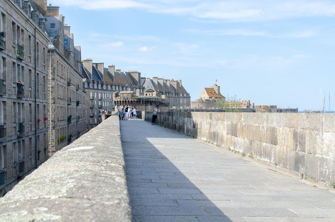 Stadtmauer um die Ville Close von Saint-Malo