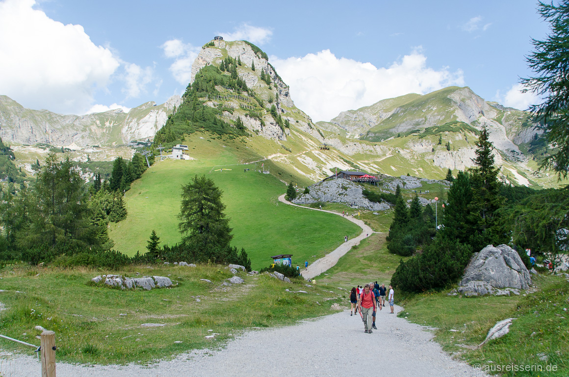 Ausblick von der Erfurter Hütte zum Adlernest