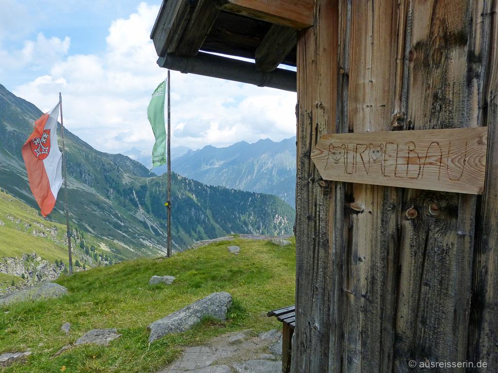 Murmelbau der Neuen Regensburger Hütte (Stubaier Höhenweg)