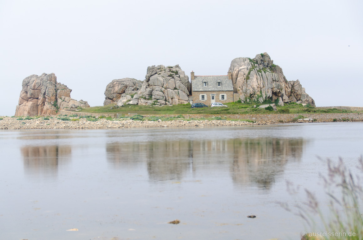 Castel Meur mit Spiegelung