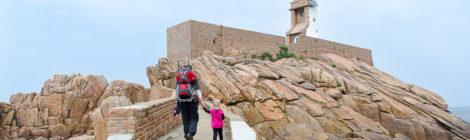 Familien-Wanderungen an der Rosa Granitküste